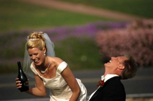 How for newlyweds not get drunk at the wedding - photo2